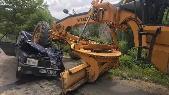 Greyder Otomobili Ezdi 1 Kişi Öldü